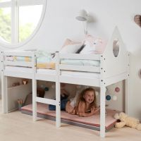 Flexa halbhohes Bett ALFRED- 70x160cm - mit Kopfteil, Kreidetafel und Regal