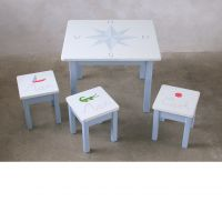 Kindertisch in blau - handbemalt