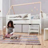 Manis-h Juniorbett  Nanna  mit zwei Schubläden und Holzgestell Buche  90x160cm Liegefläche