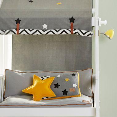 Lifetime Kissen AMONG THE STARS - 52x32cm und Sternkissen ocker Ø 35cm