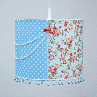 Kinderlampe PATCHWORK Lampenschirm hellblau mit Perlen verziert Ø 30cm