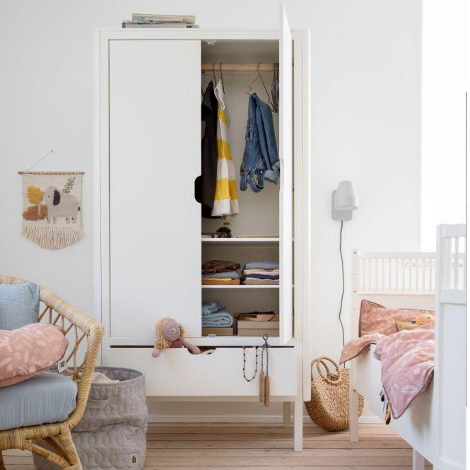 Der Sebra Kleiderschrank, 2-türig, classic white