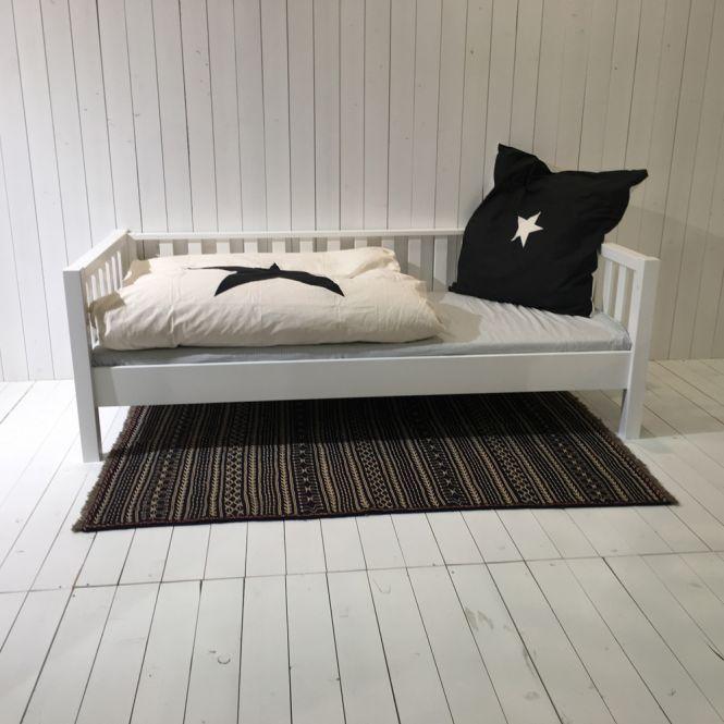 ROOMSTAR Tagesbett, weiss, umbaubar zum Basisbett, skandinavisches Design, 90x200cm