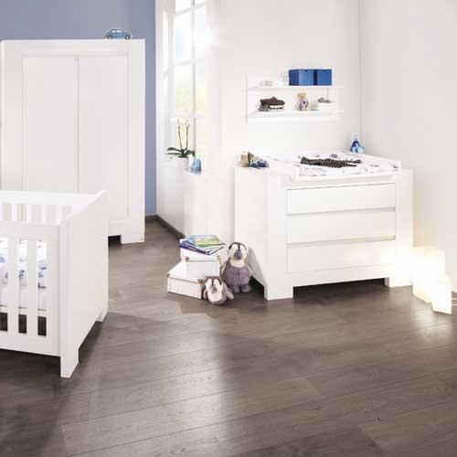 wickelkommode und kommode sky hochglanz wei 3 schubk sten dannenfelser kinderm bel. Black Bedroom Furniture Sets. Home Design Ideas