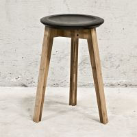 WE DO WOOD Hocker Stuhl BUTTON STOOL Moso Bambus Buche Holz schwarz