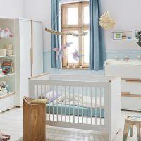 Babybett SCANDI weiß - Buche, 3 Schlupfsprossen, umbaubar zum Juniorbett, 140x70cm