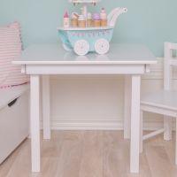 Quadratischer Kindertisch Holz weiß 60x49cm von JaBaDaBaDo