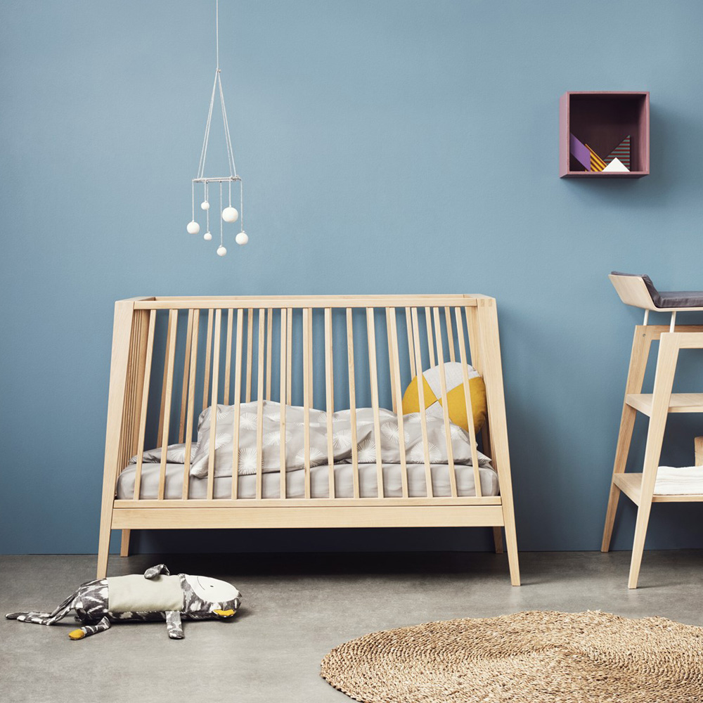 Leander Desigen Babybett / Kinderbett LINEA, Holz, Eiche, 60x120cm