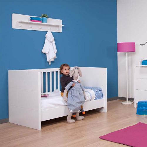 childwood babybett kinderbett quadro white wandelbar 70x140cm dannenfelser. Black Bedroom Furniture Sets. Home Design Ideas