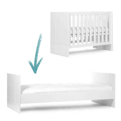 Childwood mitwachsendes kinderbett quadro white 60x120cm bis 90x200cm dannenfelser kinderm bel for Mitwachsendes kinderbett