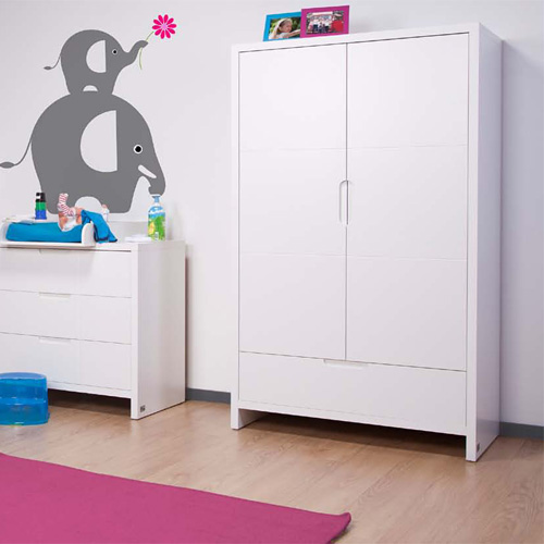 childwood kleiderschrank quadro white 2 t rig g nstig online kaufen dannenfelser kinderm bel. Black Bedroom Furniture Sets. Home Design Ideas