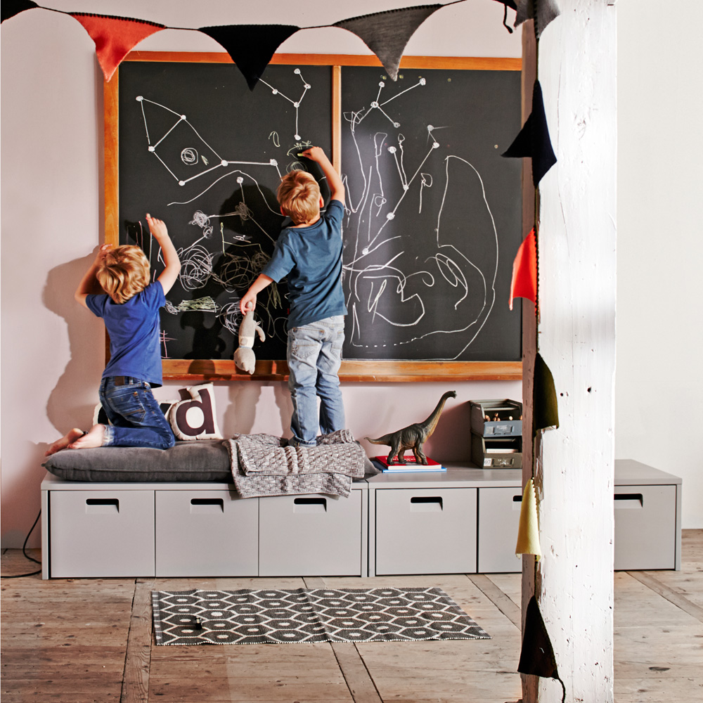 Sitzbank BUNKY mit 3 Schubladen, grau, Massivholz | Dannenfelser ...