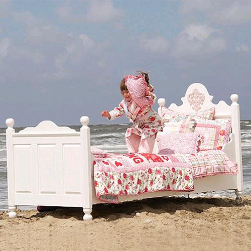 opsetims kinderbett jugendbett tims medaillon massivholz 90x200cm wei dannenfelser. Black Bedroom Furniture Sets. Home Design Ideas