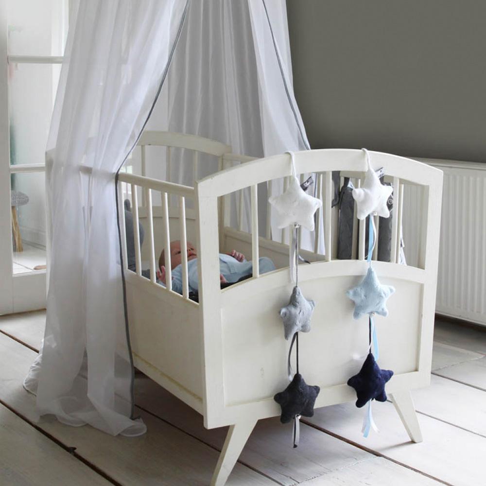 Babys only girlande stern strickware zopf muster dannenfelser kinderm bel - Girlande babyzimmer ...
