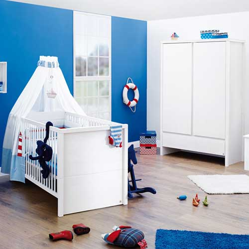 kinderkleiderschrank kleiderschrank aura massivholz fichte wei lasiert 2 t rig g nstig. Black Bedroom Furniture Sets. Home Design Ideas