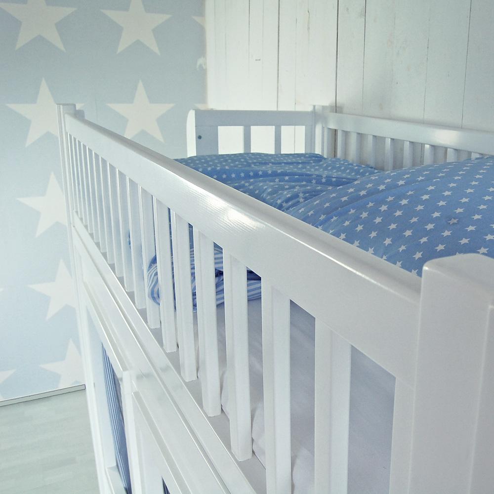 hochbett spielbett lolland mit spielh hle massivholz. Black Bedroom Furniture Sets. Home Design Ideas
